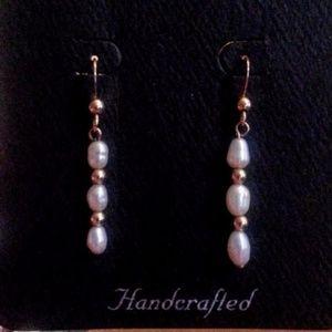 Freshwater pearl & gold ball dangle earrings NWT